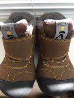 Продам демисезонные ботинки keen кин р. 23