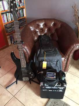 New Bass guitar Wedgwood plus extras