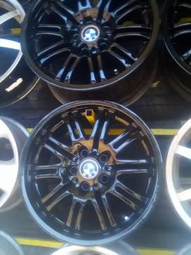 BMW mag wheels for sale size 18 inch