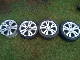 Mercedes Benz rims 17' R4000 neg
