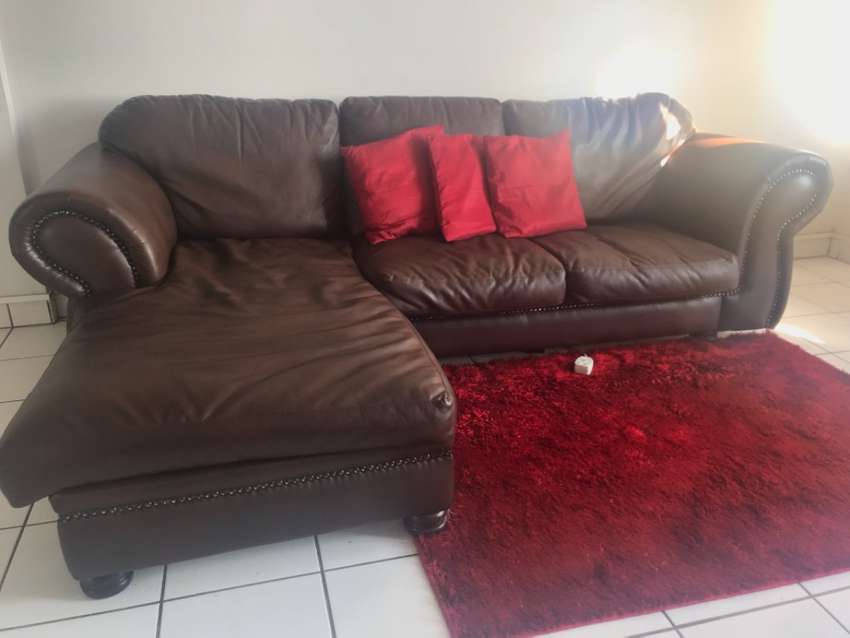 Brown leather couch for sale 0