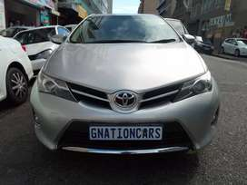 Toyota auris 1.8 for sale