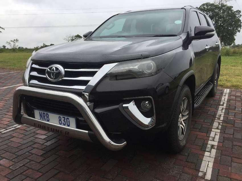 Toyota Fortuner  2.8 GD-6  4x4 AT selling for R459900onco 0