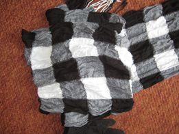 Платок шарф с перчатками комплект.