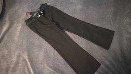 Eleganckie nowe materiałowe spodnie z paskiem rozm. 128