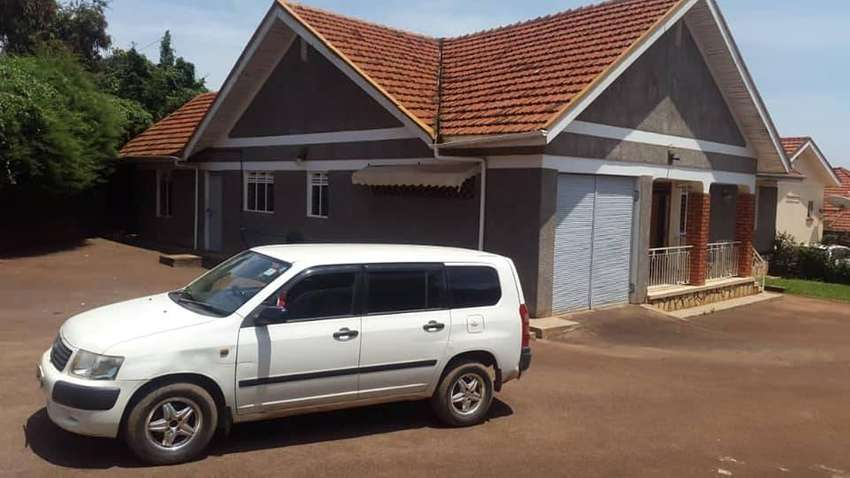 Fully furnished 4 bedroom house for rent in Ntinda at 4m 0
