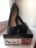 Туфлі жіночі у відмінному стані