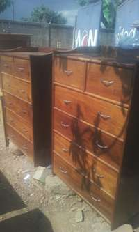 Chest of drawers on sell 0