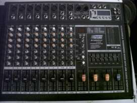 Hybrid 800 watt (2x400) powered mixer with blue tooth etc.