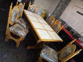 Selling table, chairs and sibort