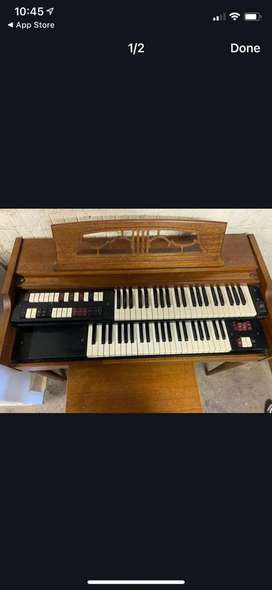 Lowrey organ and Chair