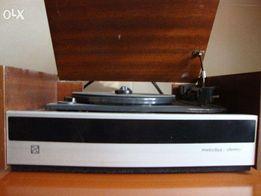 продам проигрыватель melodija-stereo