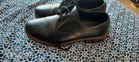 Size 4 and 5 toughees school shoes