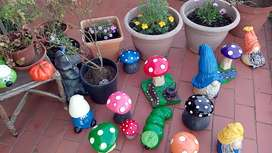 Garden accessories and decorations