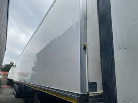 30 Pallet Serco refrigerated trailer for hire.