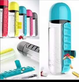 Water bottle with weekly pills or vitamin