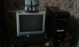 Продам компьютер БУ.1100