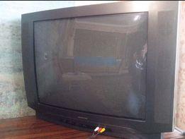 Огромный телевизор Rainford 72 см