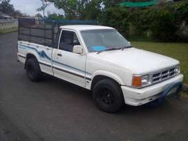 FORD COURIER .