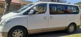 HYUNDAI H1 AUTOMATIC WITH LEATHER INTERIOR DESIGN