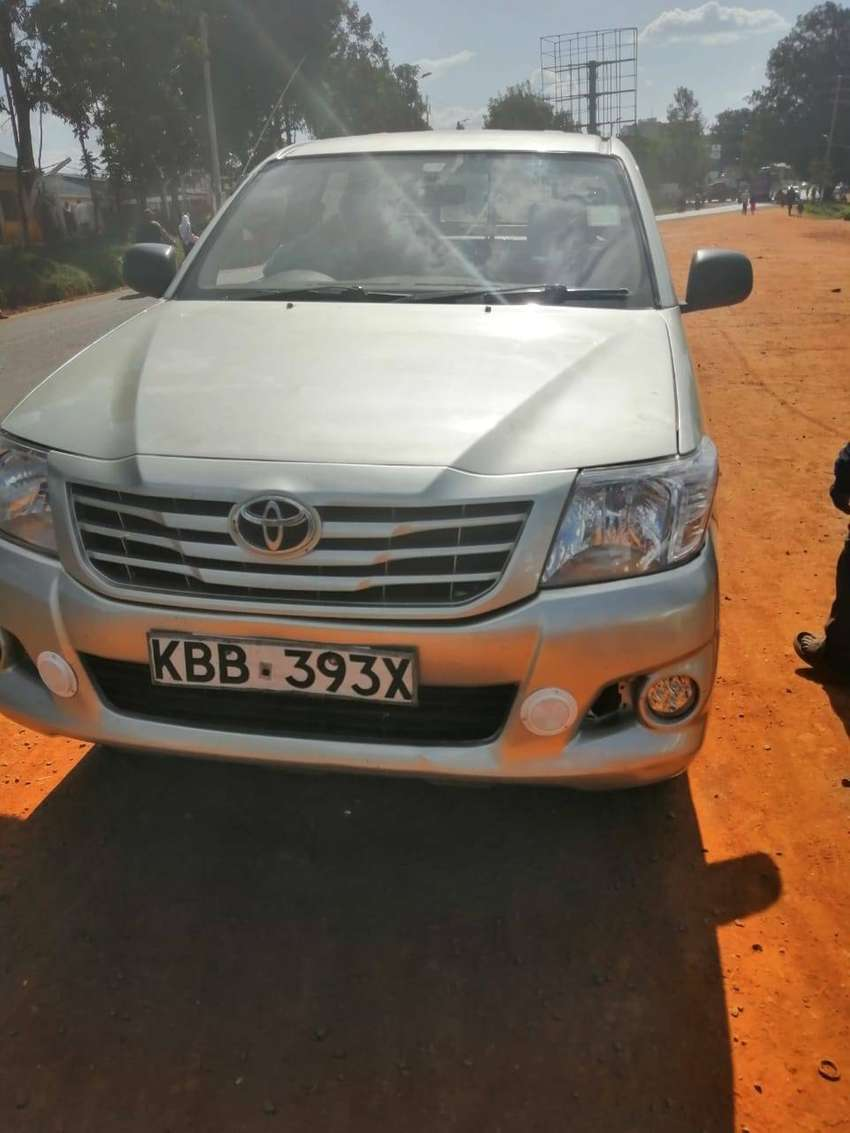 Toyota Hilux pickup locally assembled. 0