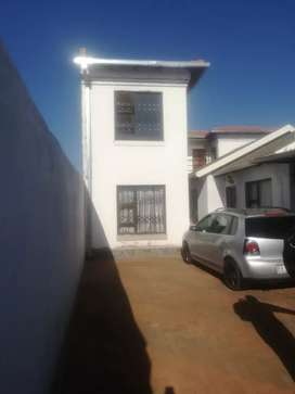 Bachelors room to rent at protea Glen ext 12
