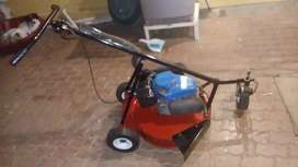Mirage P600 Yamaha Mt110 lawn mower for sale