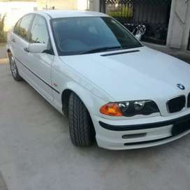 Am selling my bmw good.condition