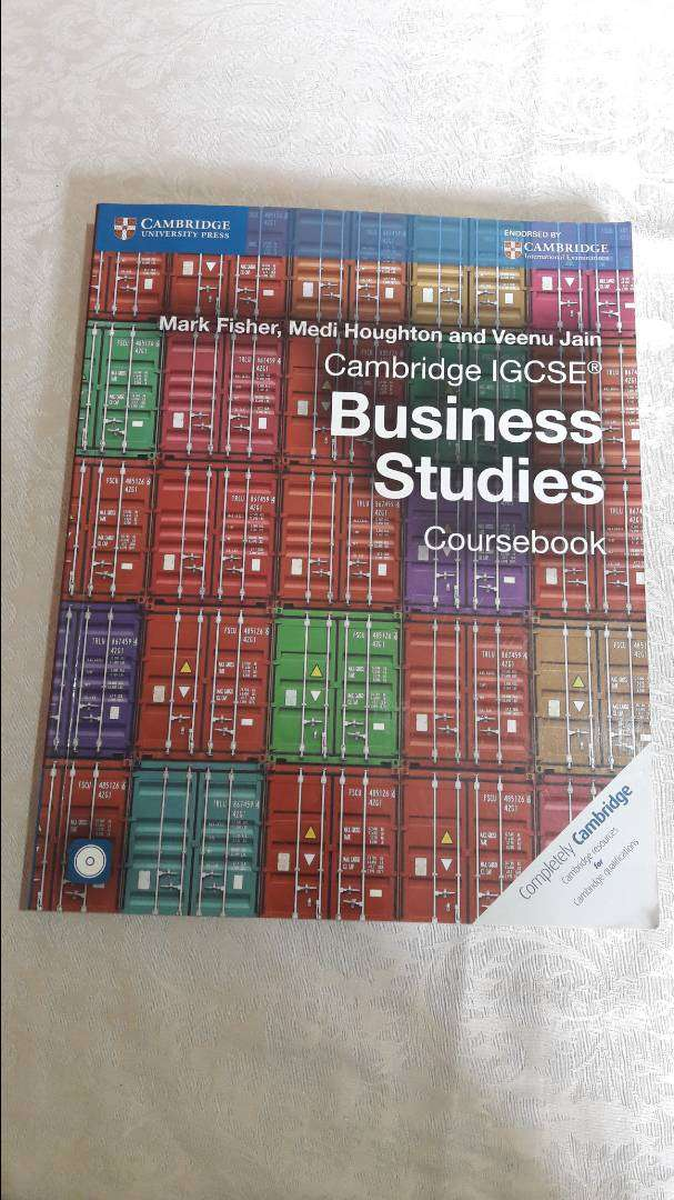 Cambridge IGCSE Business Studies Course book by Mark Fisher 0