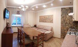 Посуточно квартира в центре на Площади Мицкевичаю. WI-FI.