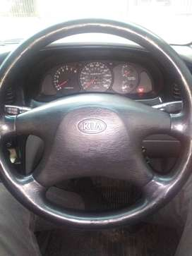 2001 kia shuma body in perfect condition engine needs overhaul