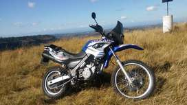 2005. Bmw f650gs dakar. Has 90 000km on clock.