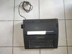 Old printer tipeing machine for sale