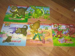 Książeczki o dinozaurach razem z figurkami
