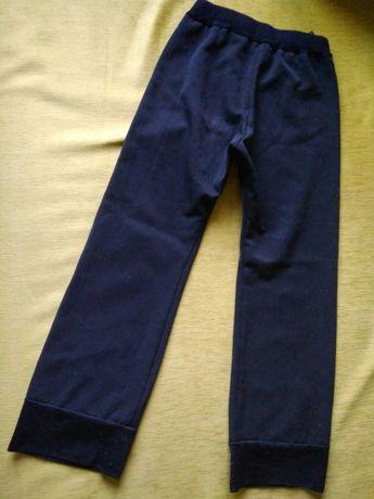 Штани трикотажні з манжетами на резинці, б/в, на дівчинку 6 років. Полтава - изображение 1