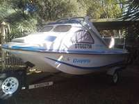 Cabin boat with 40hp Yamaha two stroke Tri hall for sale  South Africa