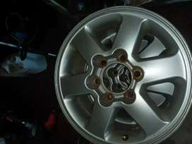 mag rims for Nissan  np 300 or isuzu