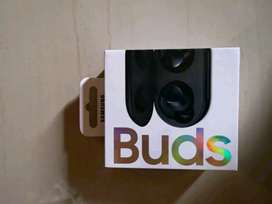 Brand new sealed Samsung galaxy wireless buds for sale R2500
