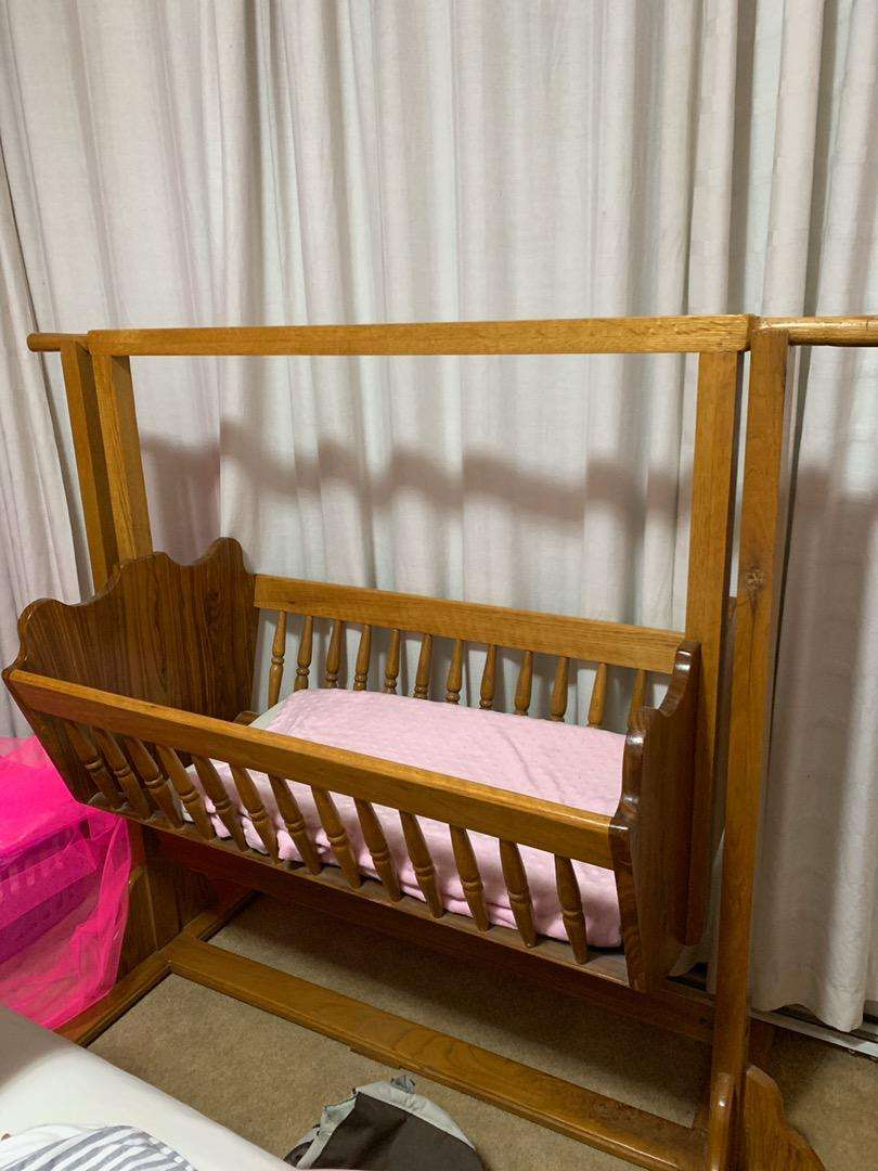 (ONCO) Unique, special wooden baby crib for sale 0