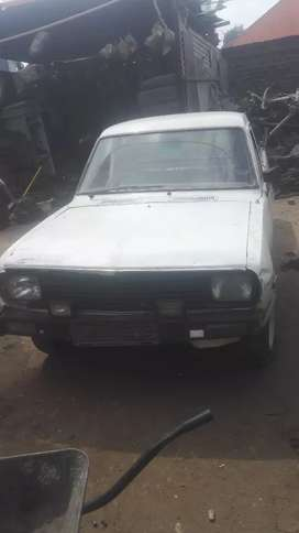 Stripping nissan 1400 for spares and accessories