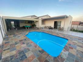 Freestanding house in Whyteleafdrive, Algoa Park