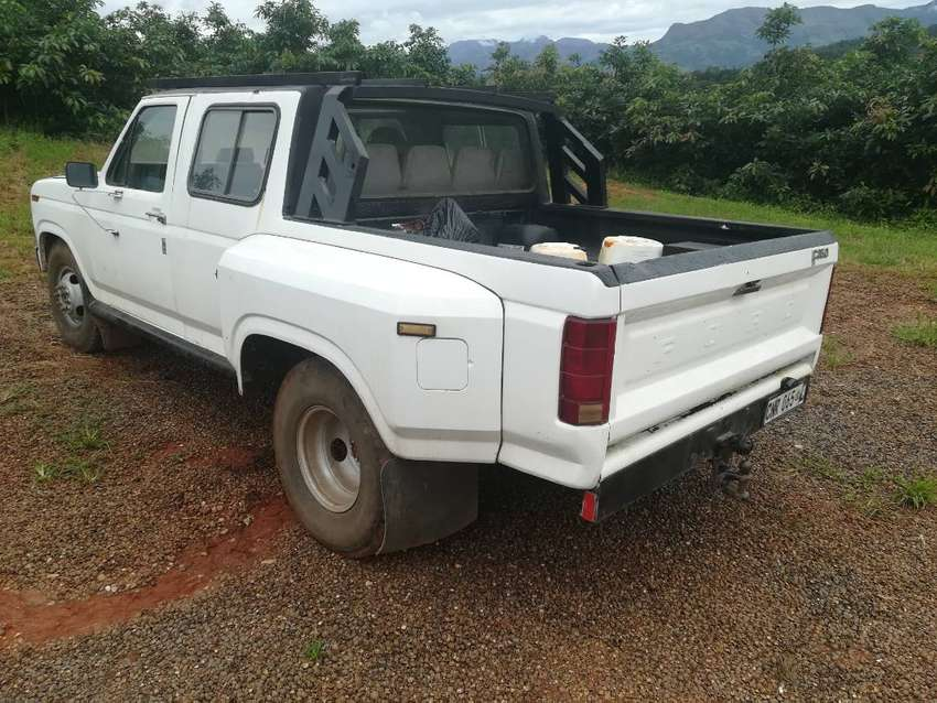 Ford F 350 for sale.