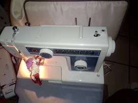 Empisal Heidi 328B sewing machine for sale R1250 recently serviced 100