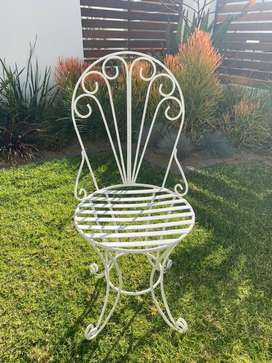6 White Metal Chairs and Cushions