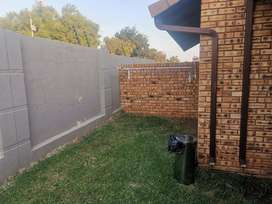 Pet friendly 2 bedroom fee standing townhouse FOR SALE
