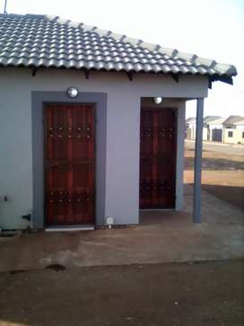 Rent a house at Soweto lufhereng ext 6 home sweet home