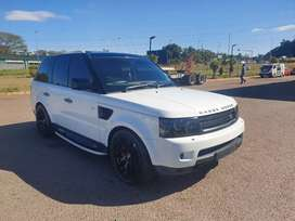 2011 RANGE ROVER V8 SUPERCHARGED AUTO - EXCELLENT CONDITION