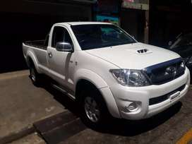 Toyota hilux 3.0 d4d R170 000 negotiable