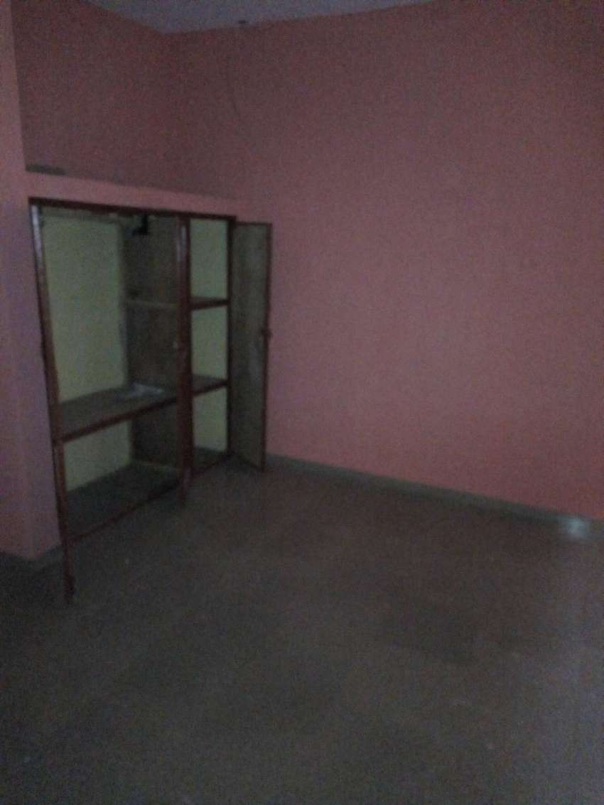 EXECUTIVE NEW 3 BEDROOM FLAT TOLET IN EVRGREEN ESTATE ABORU. 0