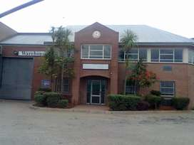 TO LET: 1,220 SQM INDUSTRIAL WAREHOUSE IN JET PARK
